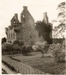 Granton Castle & Walled Garden in 1920